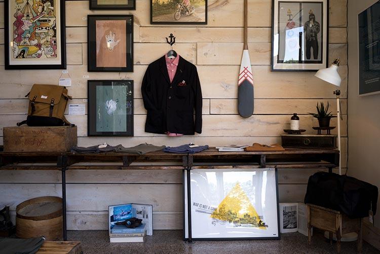 diseño-de-espacios-comercial-tienda-minorista-ropa