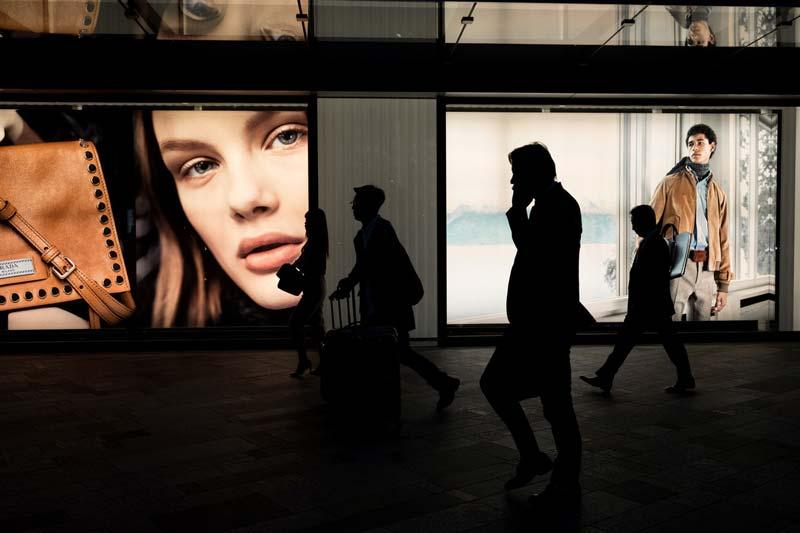 futuro-del-retail-anuncios-calle