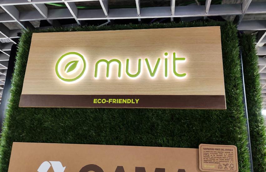 materiales alternativos para shop in shop en Barcelona y Madrid ecología. Muvit tienda dentro de otra tienda